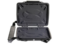 Peli 1075CC HardBack Case Black With Liner 1070-003-110E